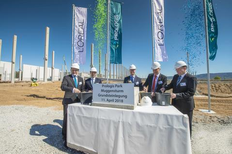 Cornerstone ceremony for new facility for L'Oréal in Muggensturm